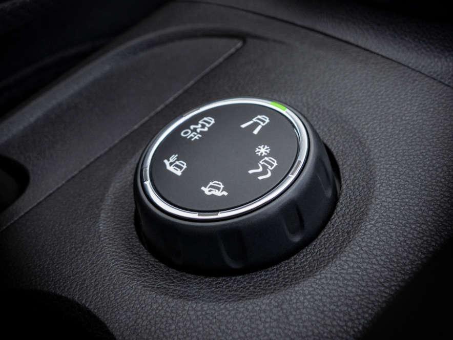 Opel Crossland, система IntelliGrip