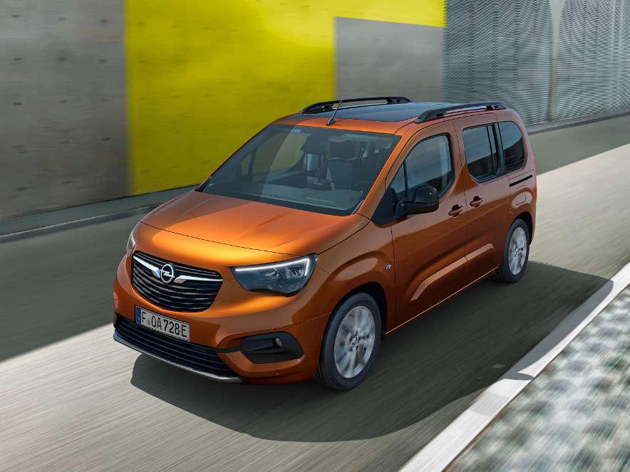 Opel Combo-e, Міхаель Лошшеллер