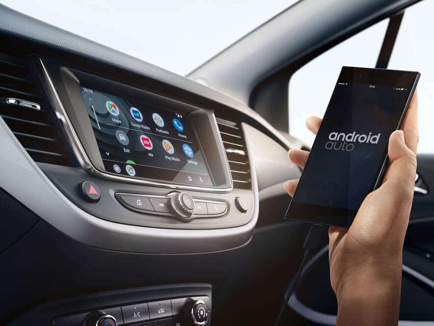 Opel Crossland, Мультимедійна система